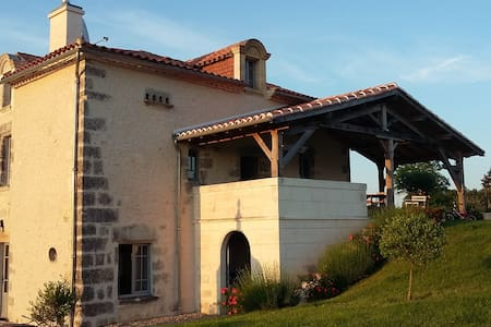 Maison de Belord - Celles - Bed & Breakfast