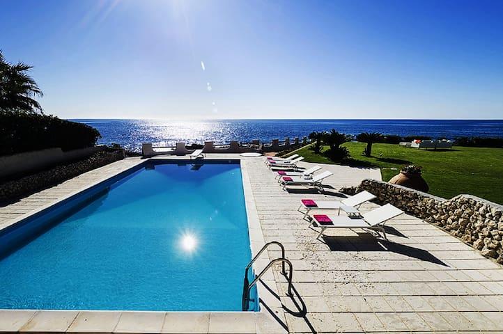Esclusiva villa con piscina privata - Fontane Bianche - House