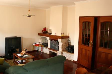 Apartamento localizado entre Porto e Aveiro