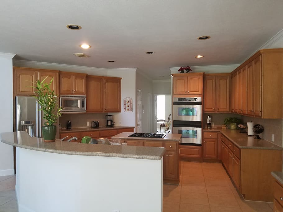 Huge kitchen with SS appliances