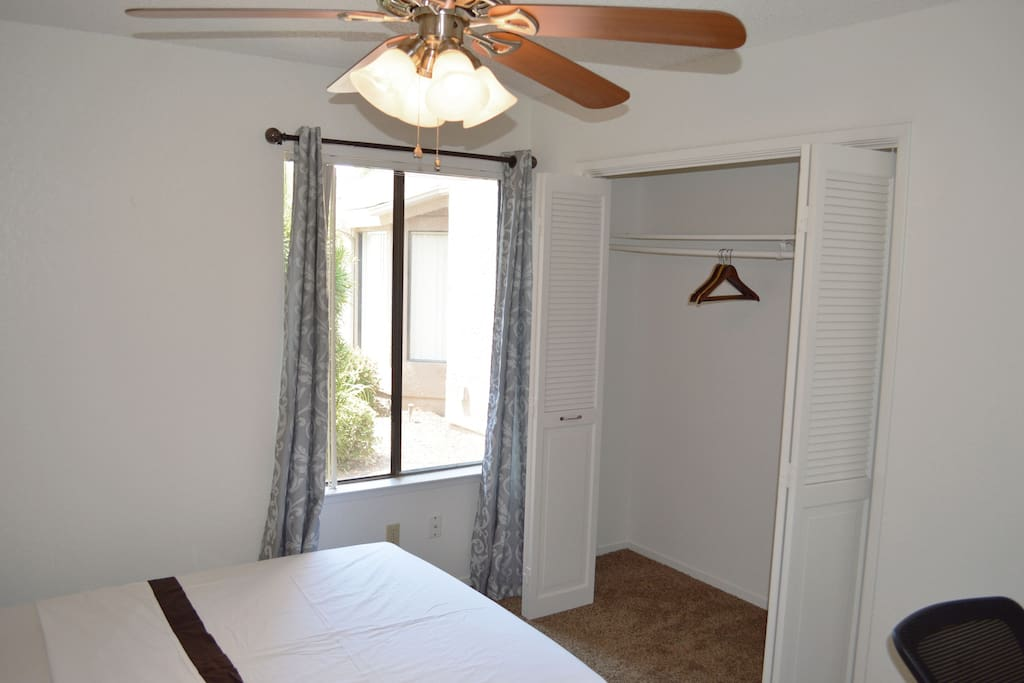 One Bedroom And Private Bath Near Yosemite Sequoia Apartments For Rent In Fresno California