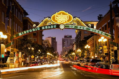 1 Bedroom Condo, Historic Gaslamp District