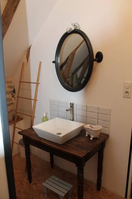La salle-de-douche de l'étage