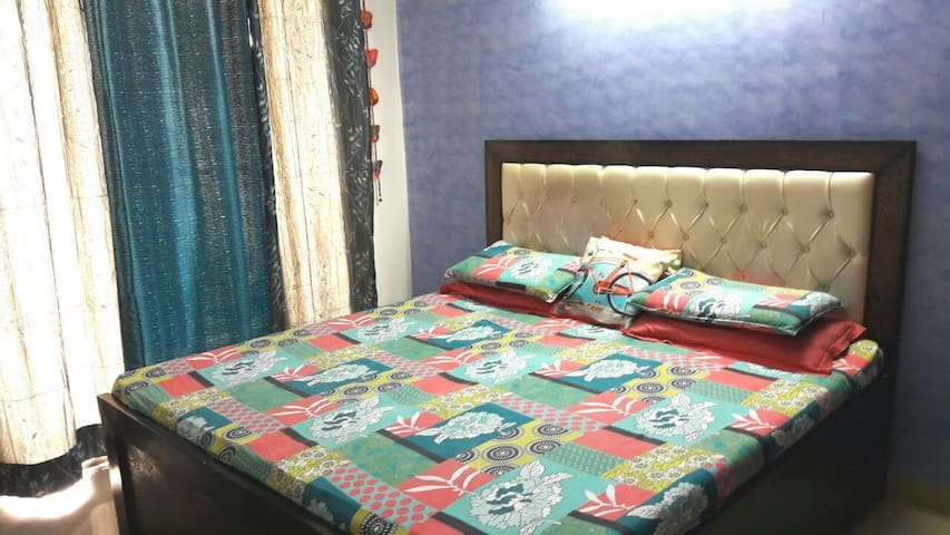 Fully furnished 2BHK apartment - Ghaziabad - アパート