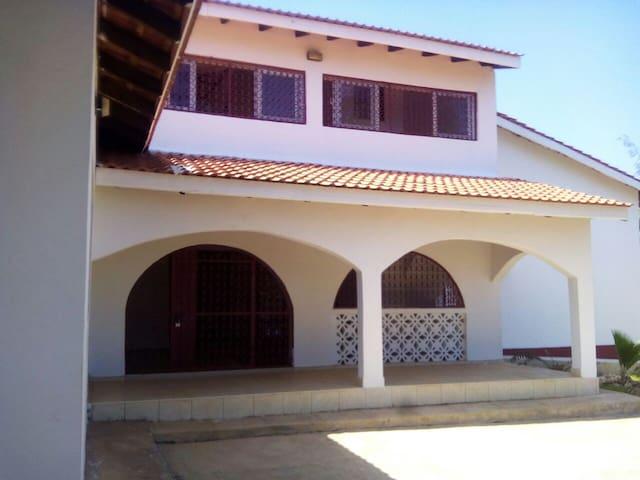 Mevefi Sister house - Ocean view apartment - Kilifi - Apartment