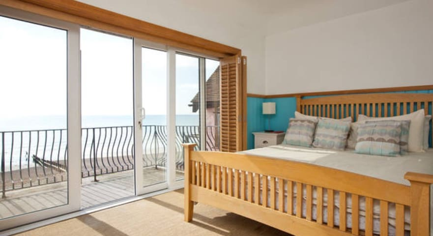 Beach house - SEA FACING ROOM WITH BALCONY.