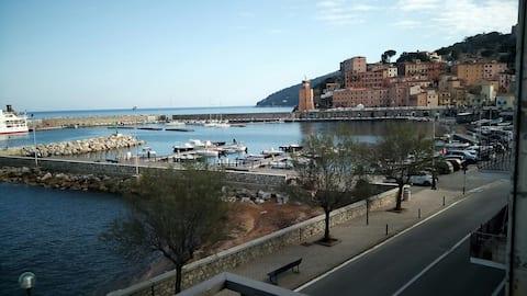 Maravillosa vista al mar con habitación incluida,Elba