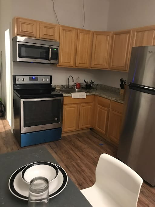 Stainless Steel Appliances, Brand new Fridge and Stove