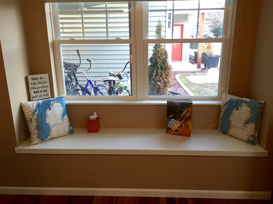 Bay window to read your favorite book!
