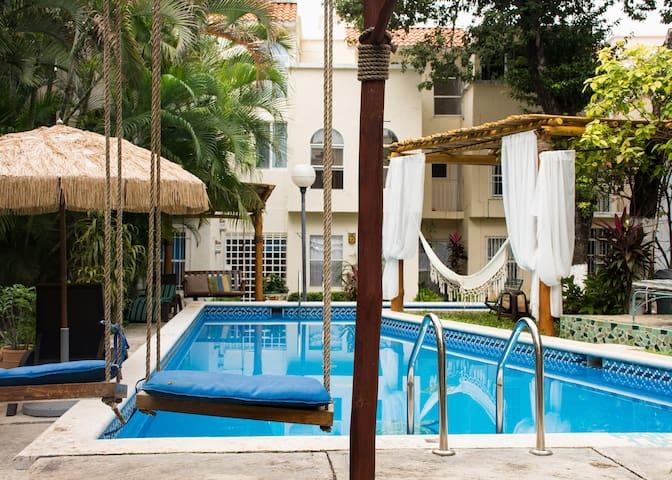 Habitación privada en la mejor ubicación, alberca. - Cancún - Huis
