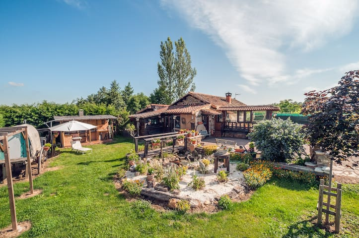 Casa Rural Molino Chopin - Sopeña de Carneros - Casa