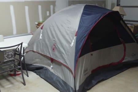 Big tent queen bed Sunset beach - 哈雷伊瓦 - 獨棟