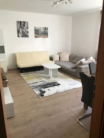 Quiet, city center, Danube Cycle Path, 55sqm