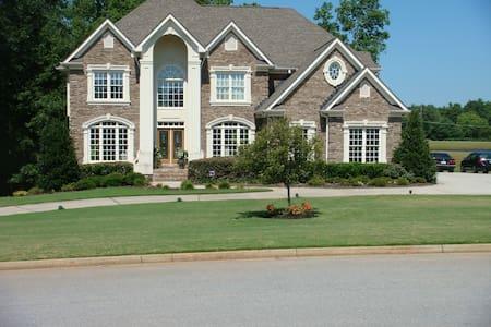 Large 2.5 acre Estate on the lake with 2 decks. - Covington