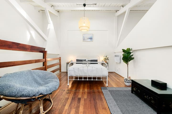 ★COLLINGWOOD HISTORIC WAREHOUSE★ AC | 1BD