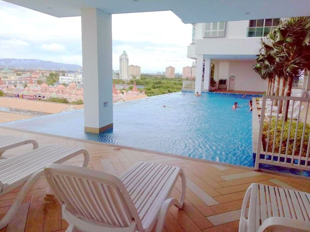 Luxury and convenient home stay