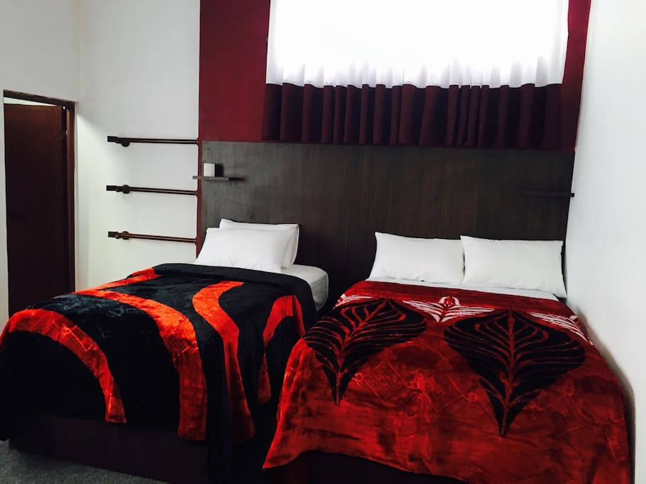 roshan guest house bungalows zur miete in nuwara eliya. Black Bedroom Furniture Sets. Home Design Ideas