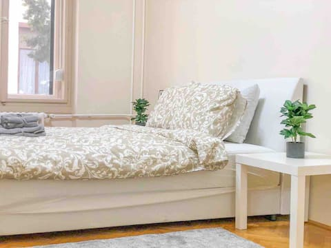 IKea furnished apartment in the heart of Debrecen