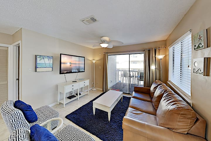 Bay-View Villa with Balcony | Extended Stay Rates