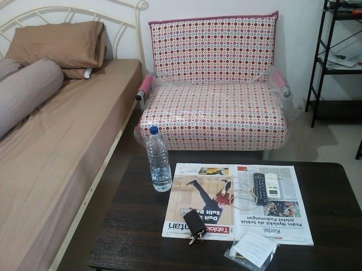 Rent Bassura Apartement