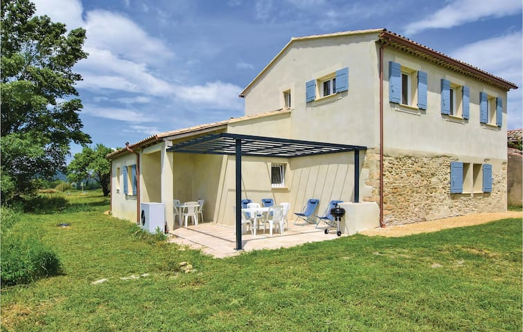 Holiday cottage with 3 bedrooms on 138m² in Bonnieux