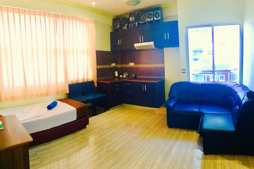Budget family suites maldives wohnungen zur miete in for The family room hulhumale