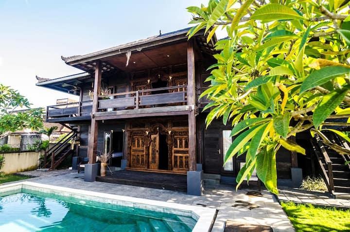 Jimbaran Hill 4 Bedroom Pool Villa