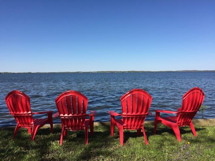 Lake Kegonsa - The Terrace Cottage - Near Madison