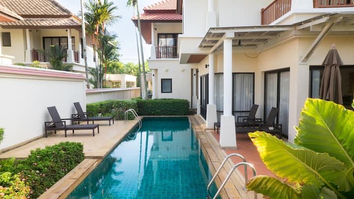 3 BR Flora pool villa in Laguna, Phuket