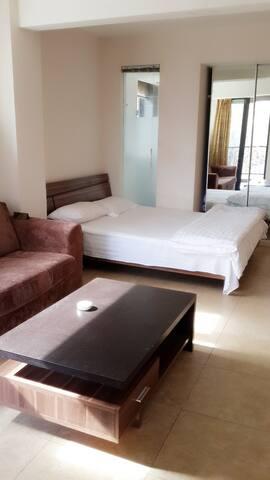 山海关第一关火车站老龙头角山乐岛假日蓝湾公寓 - Qinhuangdao Shi - Apartamento