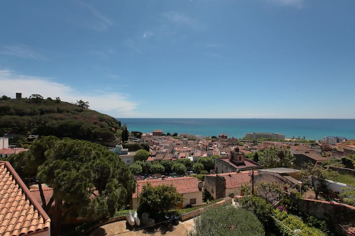 Amazing duplex near the beach - Caldes d'Estrac - Apartment