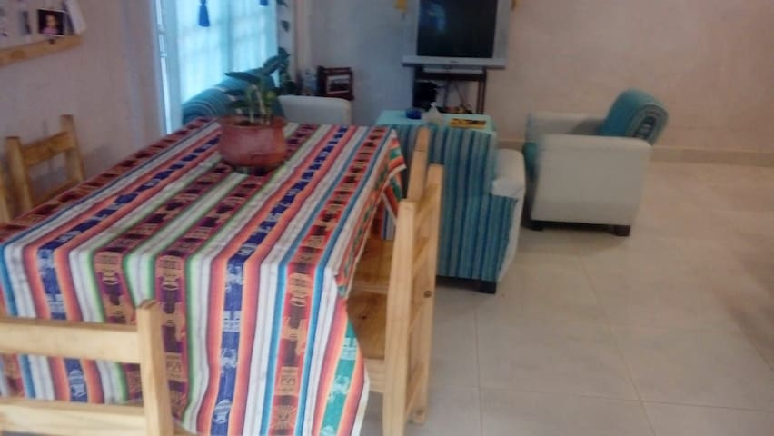 DKolores Guest House