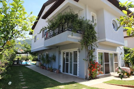 Gorgeous Villa in beldibi with private Pool