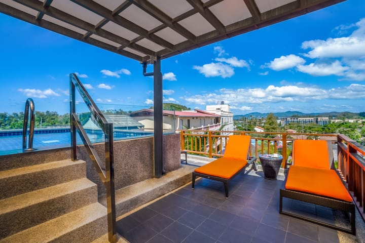 Incredibly 2 bedrooms SEAVIEW at Surin beach