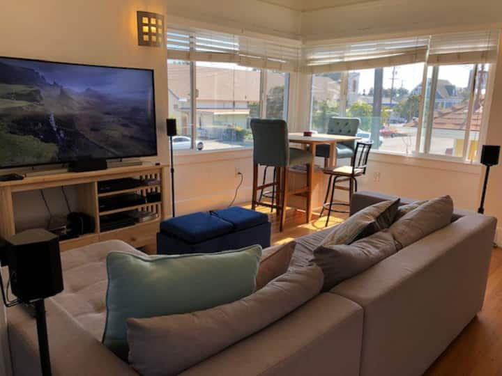 Beautiful and large family home in North Oakland