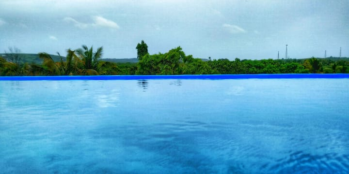 Seven @ Bungalow 598 with Rooftop Infinity Pool
