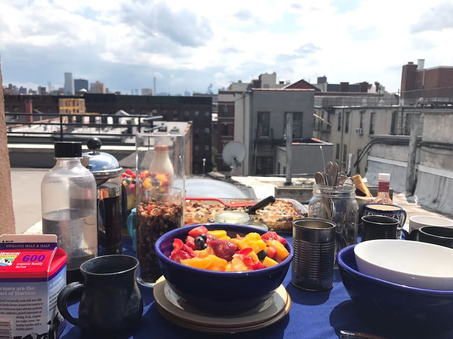 Brunch on the roof :)