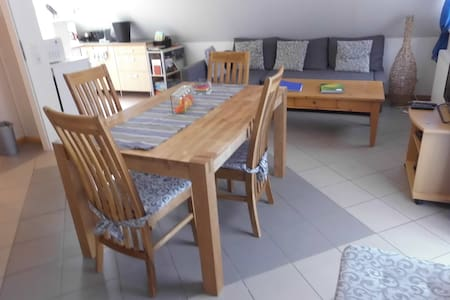 Spacious apartment 30 mins from Berlin city center
