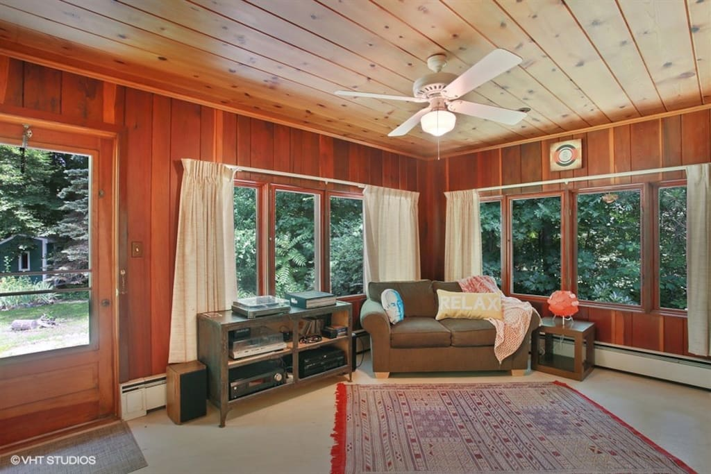 Music Lounge Room
