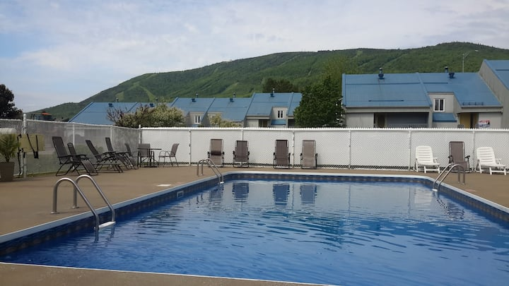 30 min. from Quebec City - Condo at Mt Ste-Anne