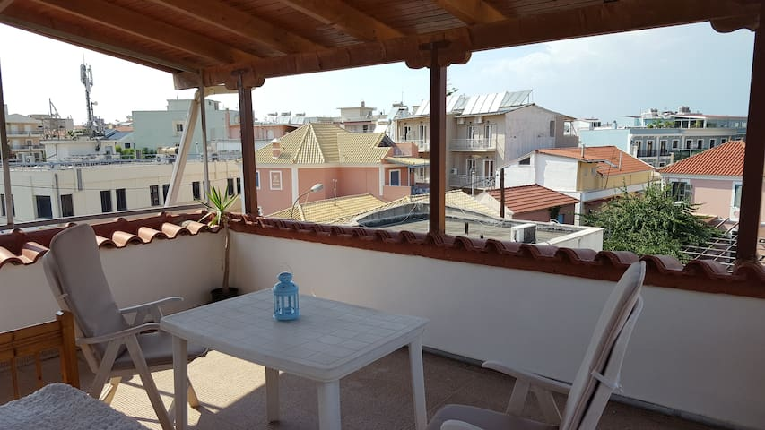 Loft in the historical center - Preveza - Çatı Katı