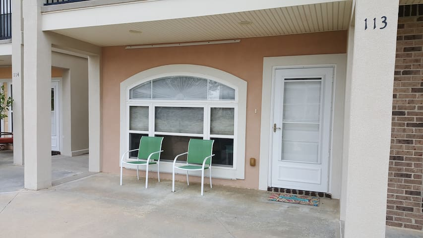 Lovely 2 bedroom, 2-1/2 bath condo in Long Beach - Long Beach