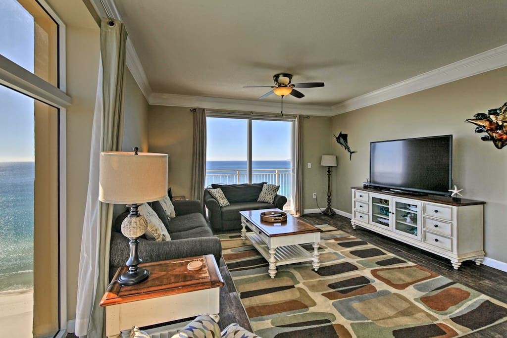 Retreat to this elegant condo after a day kayaking in St. Andrews State Park just 20 minutes away.