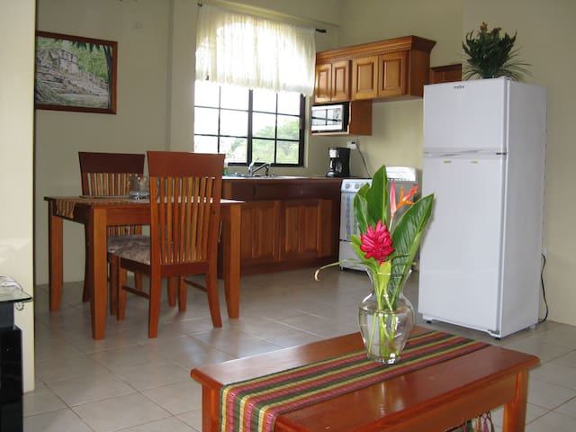 HomeHill Apartments/Vacation Rentals  Apt #3