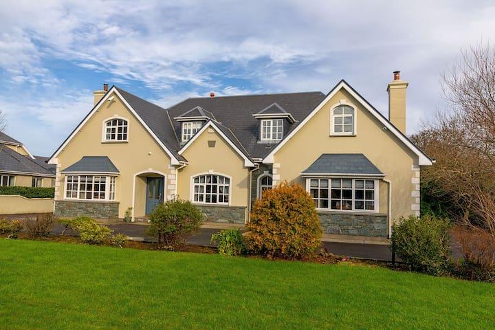 Nunstown House, Aghadoe, Killarney
