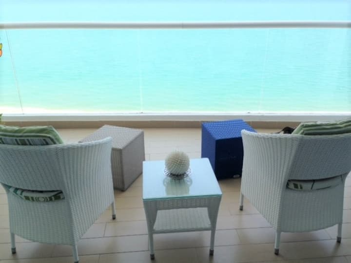 Beachfront Apartment at Santa Clara