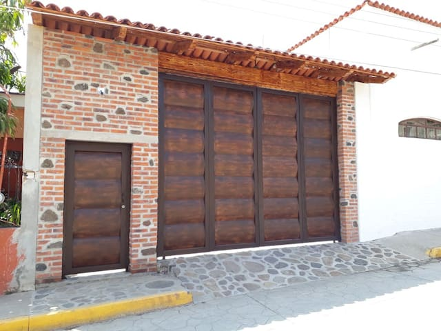 Airbnb San Miguel Cuyutlán Vacation Rentals Places To