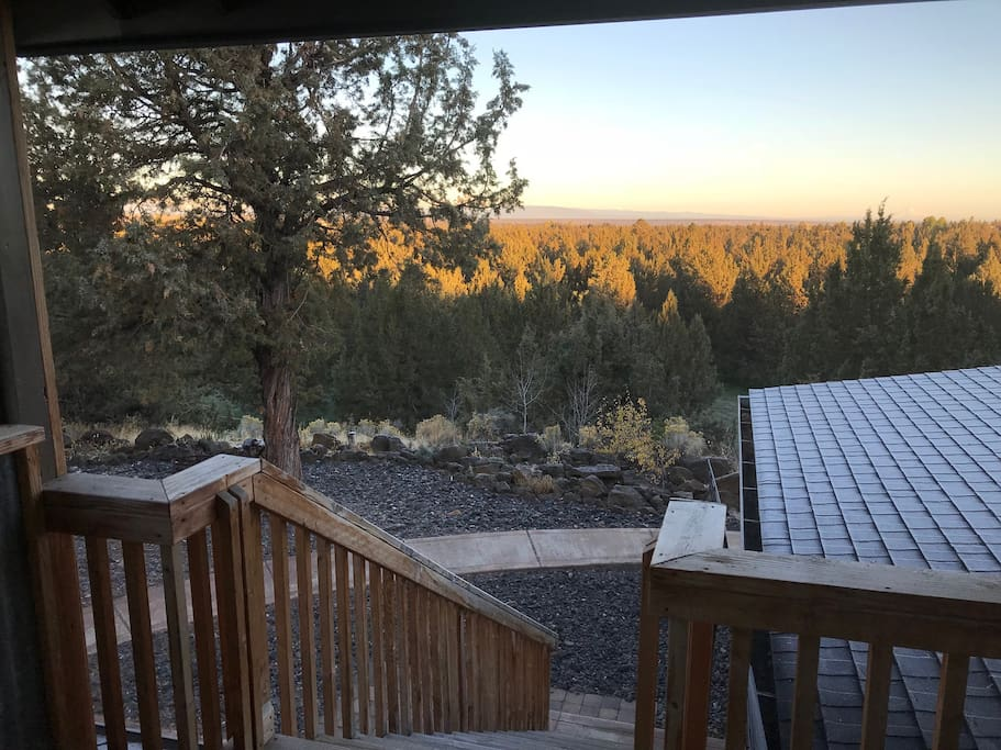 Your own private entry to Stone Circle Farms loft where you can get away from it all and enjoy a great weekend in Central Oregon.