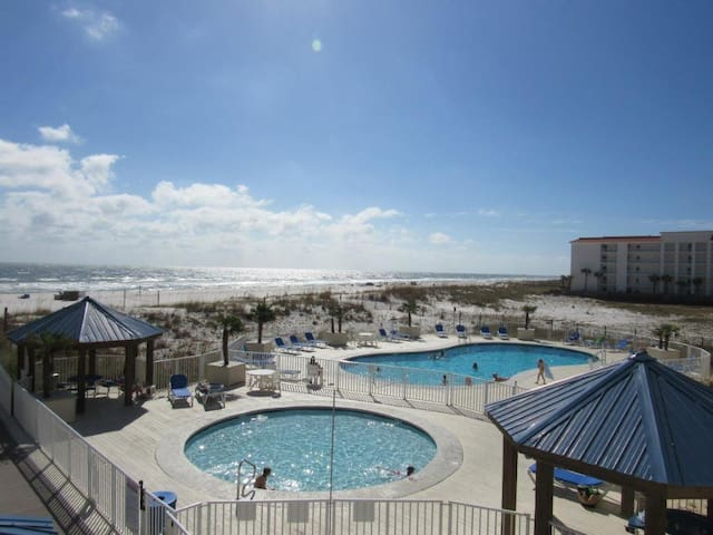 Sugar Beach Condominiums - Orange Beach