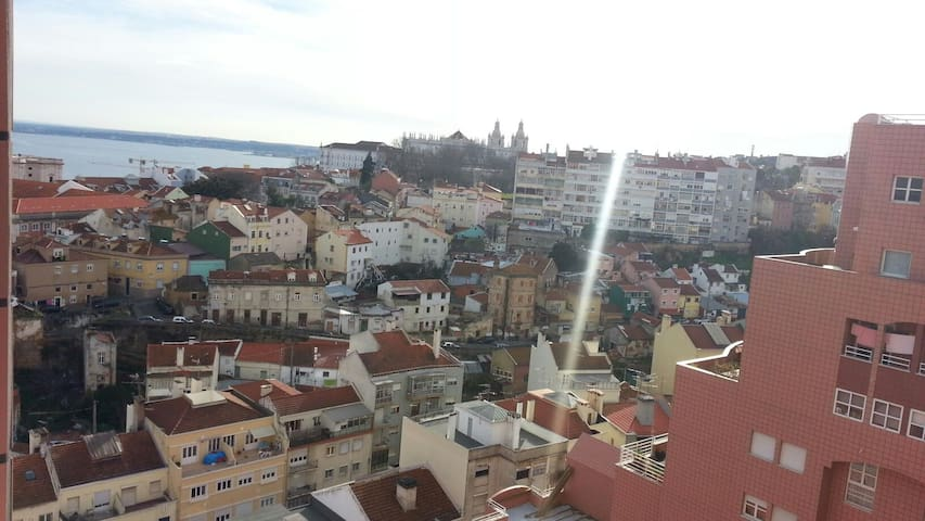 Lisbon BALCONY Penthouse 15th floor